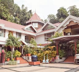 Hotel Mayfair Spa Resort & Casino Gangtok